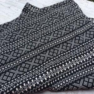 AMERICAN EAGLE Fair Isle Aztec Knit Infinity Scarf